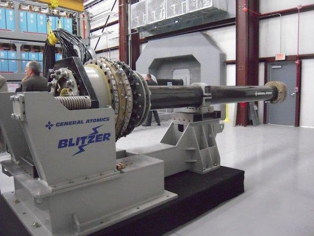 La-Marina-de-Estados-Unidos-desarrolla-el-primer-cañon-electromagnético