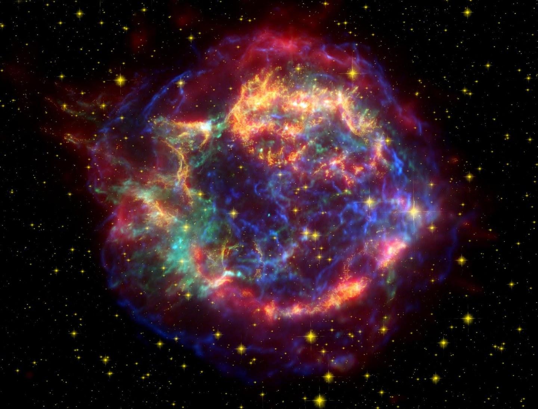 Supernova_en_Cassiopeia_segun_Chandra